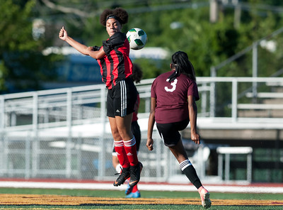 elite-nation-fc-new-britain-struggles-to-find-offense-draws-with-windsor-in-opening-round-of-nutmeg-state-games-18u-girls-soccer-tournament