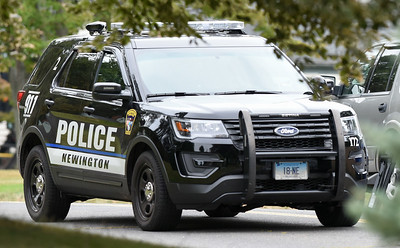 two-newington-teens-arrested-for-allegedly-breaking-into-cars-in-area-of-westchester-apartments