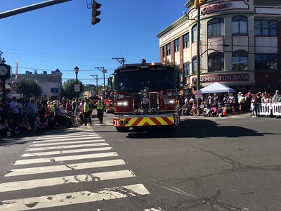 festivals-parade-tradition-continues-under-sunny-southington-skies
