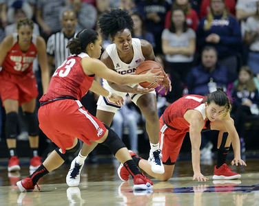 easy-opener-as-no-2-uconn-womens-basketball-routs-ohio-state