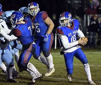 st-paul-football-made-sure-to-send-seniors-out-on-high-note-in-season-finale-against-oxford