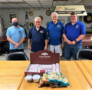 dangelo-grilled-sandwiches-donates-food-to-american-legion-post-72