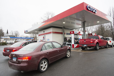 new-britain-southington-offer-cheapest-options-for-gas-as-aaa-expects-recordlow-memorial-day-weekend-travel