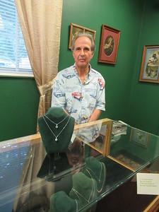 new-britain-native-russo-retiring-from-his-bristol-jewelry-business