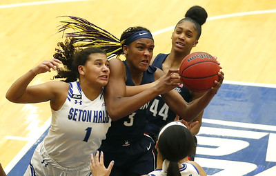 uconn-womens-basketball-freshman-edwards-showing-her-mettle