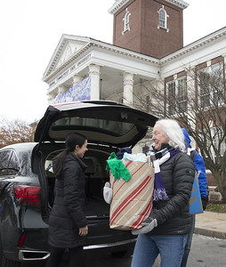 hundreds-show-support-for-love-wins-community-drive-at-ccsu