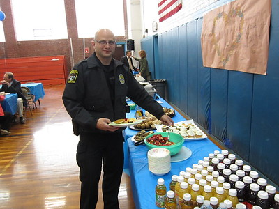 newington-residents-invited-to-breakfast-honoring-police
