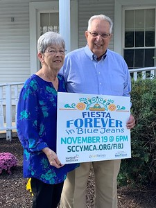 dellavecchias-will-be-honored-with-compass-award-at-forever-in-blue-jeans-fundraiser