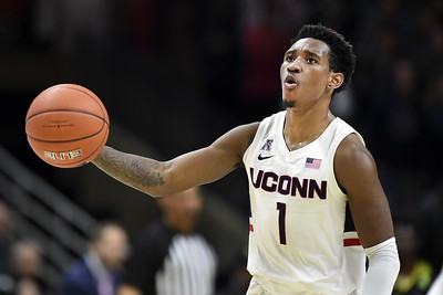 uconn-mens-basketballs-vital-comes-up-short-for-aac-player-of-the-year