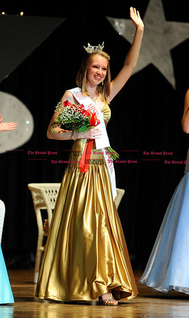 10/2/2010 Mike Orazzi | Staff Victoria Bailey after being named Miss Terryville's Outstanding Teen on Saturday night.