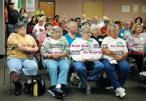 9/3/2009 Mike Orazzi | Staff Part of the crowd at Fifth District Democratic Congressman Chris Murphy's health care forum at Council 4 AFSCME in New Britain on Thursday morning.