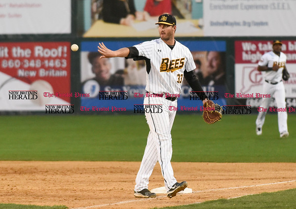 041717 Wesley Bunnell | Staff New Britain Bees vs the Blacksox in an exhibition game on Monday April 17. Jon Griffin (33).