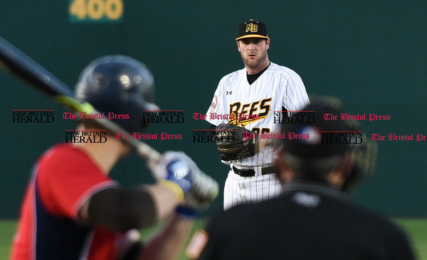 041417 Wesley Bunnell | Staff New Britain Bees in their second exhibition game of the pre season on April 14 against the Greater Hartford Twilight League All Stars. Brian Dupra (30)