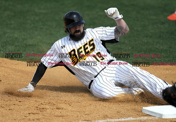 4/15/2017 Mike Orazzi | Staff New Britain Bees' Kevin Putkonen (19) Saturday at New Britain Stadium.