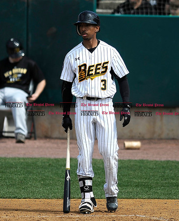 4/15/2017 Mike Orazzi | Staff New Britain Bees' James Skelton (3) Saturday at New Britain Stadium.