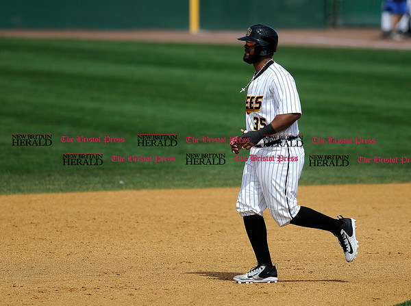 4/15/2017 Mike Orazzi | Staff New Britain Bees' Jovan Rosa (35) Saturday at New Britain Stadium.