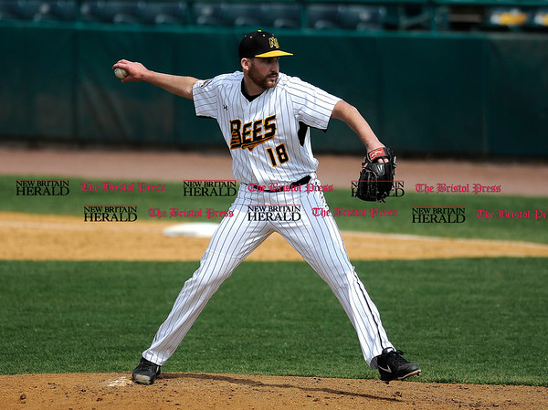 4/15/2017 Mike Orazzi | Staff New Britain Bees' Kyle Simon (18) Saturday at New Britain Stadium.