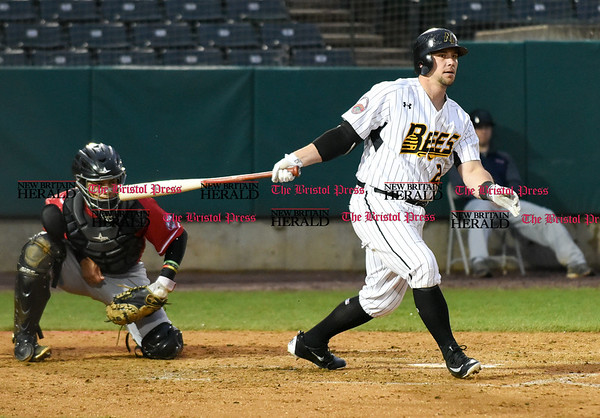 042617 Wesley Bunnell | Staff New Britain Bees vs Lancaster Barnstormers on Wednesday evening. Craig Maddox (24).