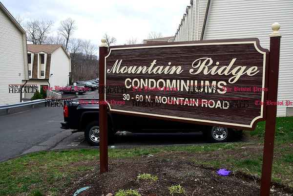 4/8/2017 Mike Orazzi | Staff The scene of a suspicious death at the Mountain Ridge Condominiums on North Mountain Road in New Britain Saturday morning.