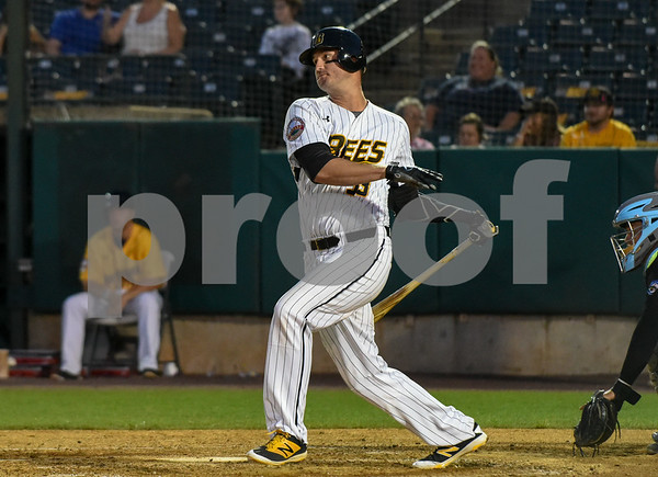 080917 Wesley Bunnell | Staff The New Britain Bees vs the Sugarland Skeeters on Wednesday evening. Jon Griffin (33).