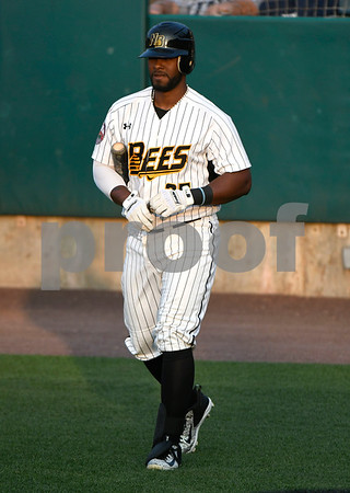 8/26/2017 Mike Orazzi | Staff Bees Jovan Rosa (35) Saturday night.
