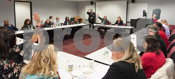 01/16/18 Wesley Bunnell | Staff Congresswoman Elizabeth Esty (CT-5) met with her science, technology, engineering and math (STEM) Advisory Board on Tuesday morning at CCSU's ITBD building. Members of the board who are CCSU alumn raise their hands when asked by Director of CCSU ITBD Rick Mullins