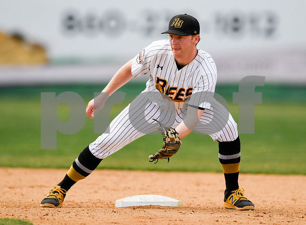 070417 Wesley Bunnell | Staff The New Britain Bees were defeated by the Somerset Patriots on Tuesday afternoon. Jake McGuiggan (2) waits for the throw down to second.
