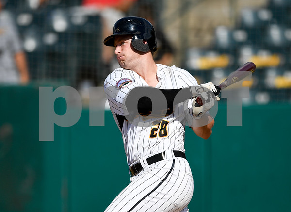 070417 Wesley Bunnell | Staff The New Britain Bees were defeated by the Somerset Patriots on Tuesday afternoon. Conor Bierfeldt (28).