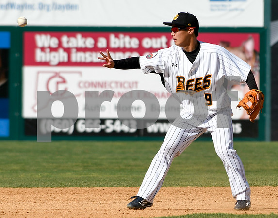 070417 Wesley Bunnell | Staff The New Britain Bees were defeated by the Somerset Patriots on Tuesday afternoon. Tsuyoshi Fujiwara (9) with the back hand toss to second base.