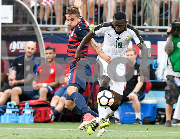 070117 Wesley Bunnell | Staff The United States mens' national team defeated Ghana in an international friendly 2-1 on Saturday afternoon at Rentschler Field. USA F Jordan Morris (8).
