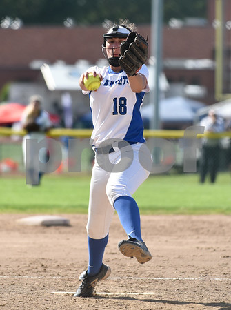 060217 Wesley Bunnell | Staff Southington High softball defeated E.O. Smith in a quarterfinal game on Friday afternoon. Pitcher Kara Zazzaro (18).