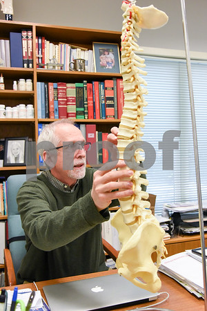 060517 Wesley Bunnell | Staff Dr. Stuart Horen from Horen Chiropractic discusses different spinal problems that can occur with age.