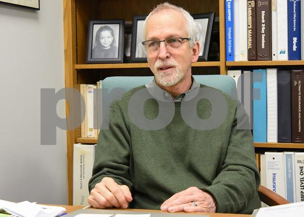060517 Wesley Bunnell | Staff Dr. Stuart Horen from Horen Chiropractic.