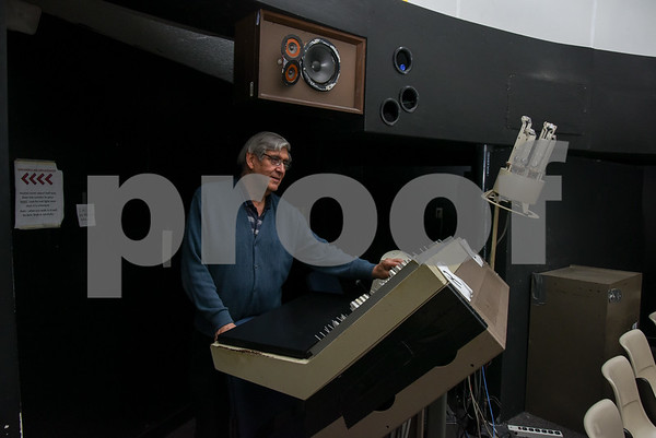 061617 Wesley Bunnell | Staff CCSU Planetarium Director Craig Robinson works the controls of the planetarium inside of CCSU's Copernicus Hall.