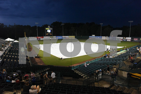 063017 Wesley Bunnell | Staff The New Britain Bees game versus the Bridgeport Bluefish friday evening was postponed due to rain.