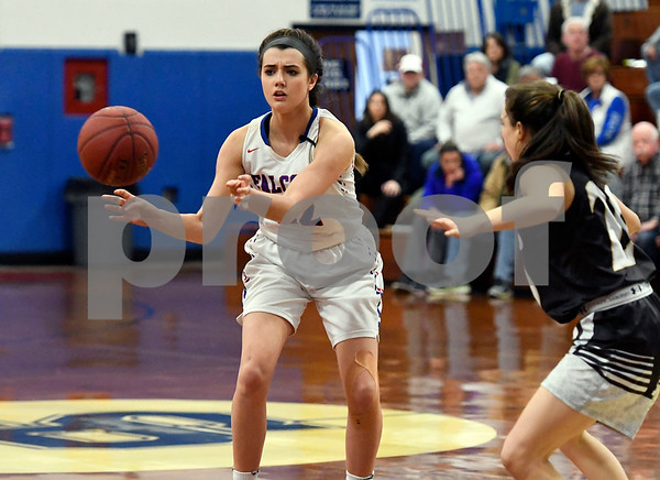 3/1/2018 Mike Orazzi | Staff St. Pauls Morgan Kolb (22) during the Class M Second Round of the CIAC 2018 State Girls Basketball Tournament with Stonington in Bristol Thursday night.