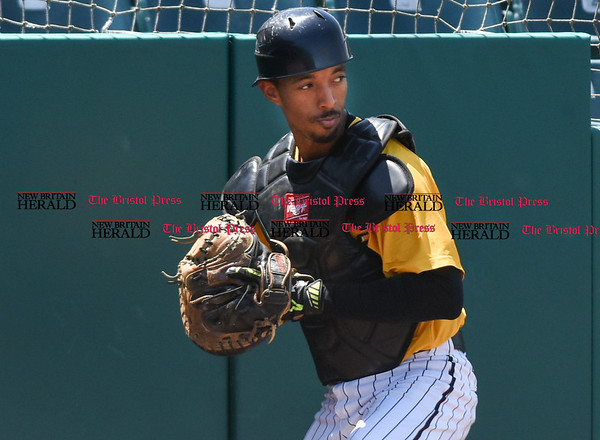 051617 Wesley Bunnell   Staff The New Britain Bees vs the Bridgeport Bluefish in the 2nd game of a double header played early afternoon on Tuesday. James Skelton (3) makes a catch on a pop up near the padding.