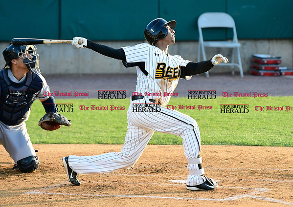 5/17/2017 Mike Orazzi | Staff New Britain Bees' James Skelton (3) Wednesday night.