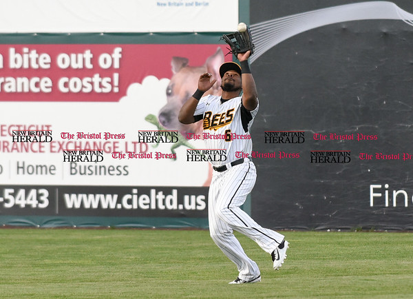050217 Wesley Bunnell | Staff The New Britain Bees vs Somerset Patriots on Tuesday evening. Jamar Walton (6) with a catch in right field.