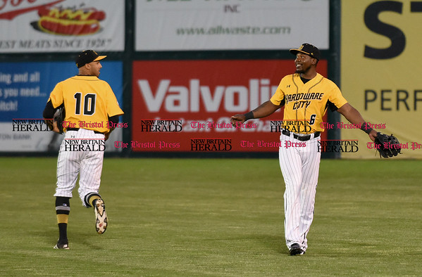 052617 Wesley Bunnell | Staff The New Britain Bees were defeated by the Southern Maryland Blue Crabs 3-1 on Friday evening. Jamar Walton (6) motions to Mike Crouse (10) after a fly ball to right field.