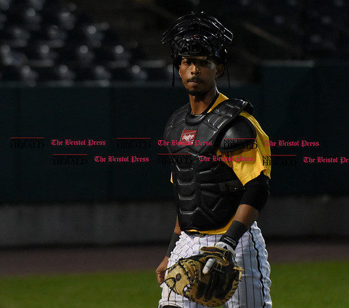 052617 Wesley Bunnell | Staff The New Britain Bees were defeated by the Southern Maryland Blue Crabs 3-1 on Friday evening. James Skelton (3)