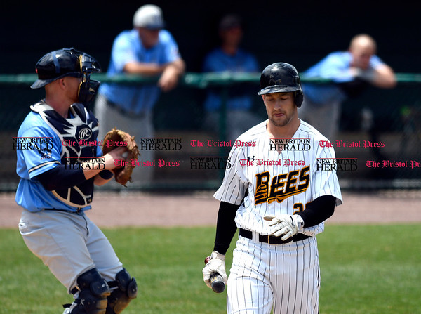 5/27/2017 Mike Orazzi | Staff New Britain Bees' Conor Bierfeldt (28) during Saturday's game with the Southern Maryland Blue Crabs.