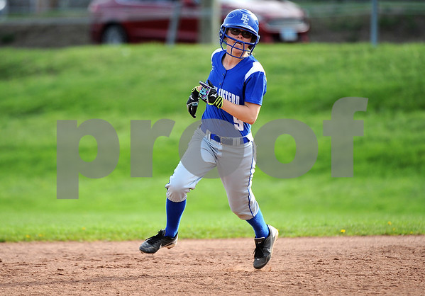 5/2/2018 Mike Orazzi | Staff Bristol Eastern's Lyzah Corliss (9) during Wednesday's softball with Bristol Central at BE.