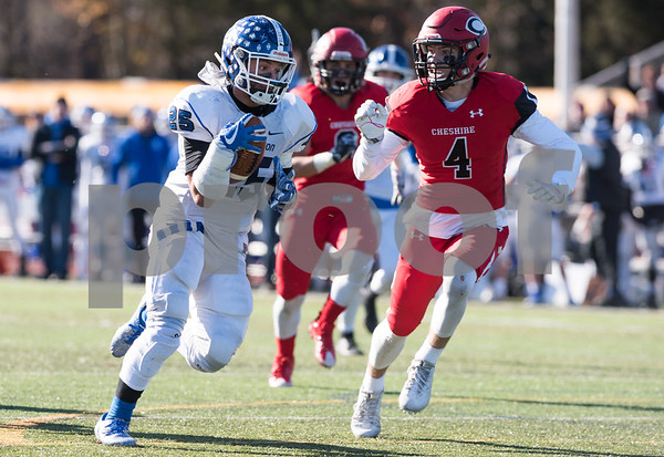 11/23/17 Wesley Bunnell | Staff Southington football topped Cheshire on Thanksgiving morning in the Apple Valley Classic at Cheshire High School. Ryan Montalvo (25).
