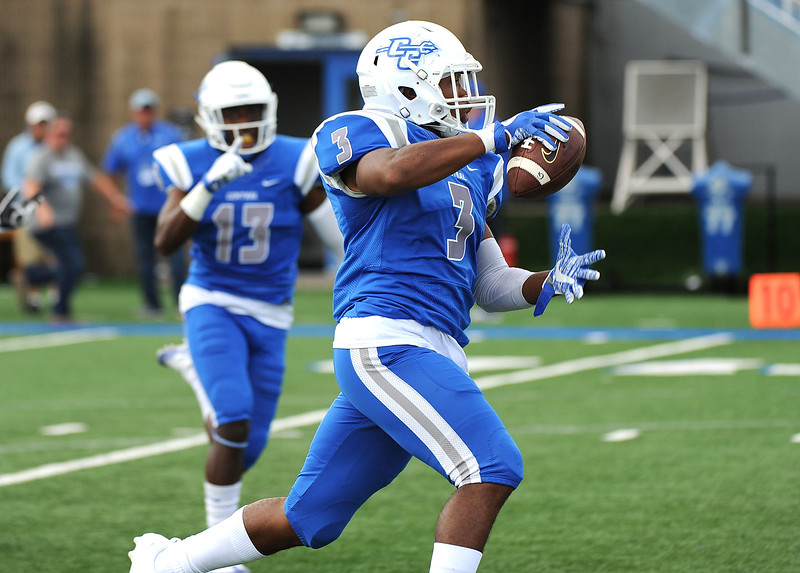 CCSU FB Hinton