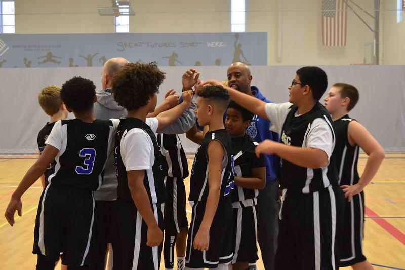 BasketballTournament-br-122817::1