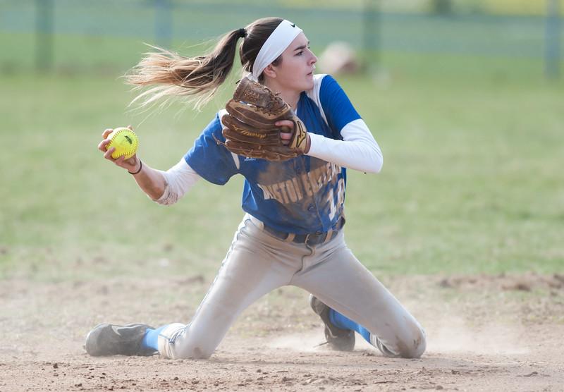 softball-nb-041018-45::1
