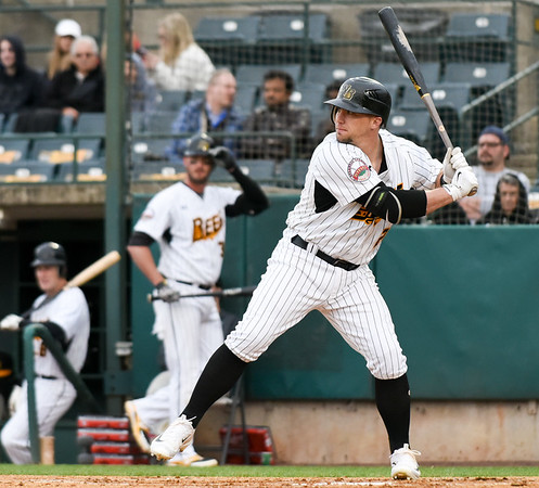 Craig Maddox at bat during the New Britain Bees vs the Somerset Patriots on Thursday evening | Wesley Bunnell