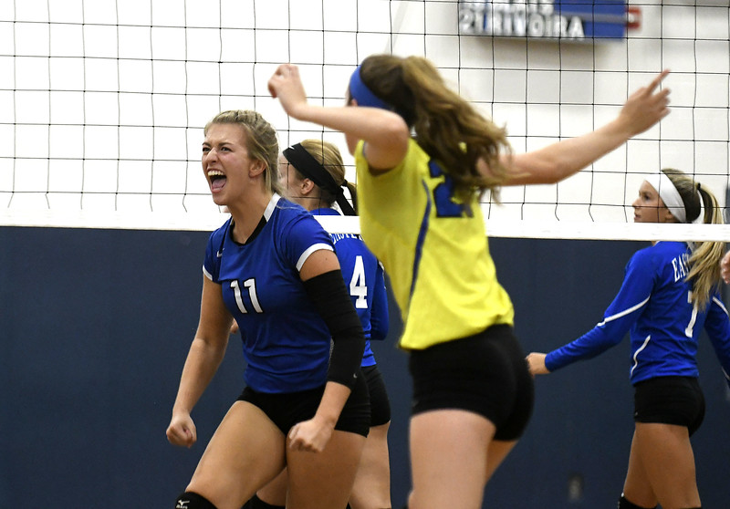 Southington volleyball 10-25