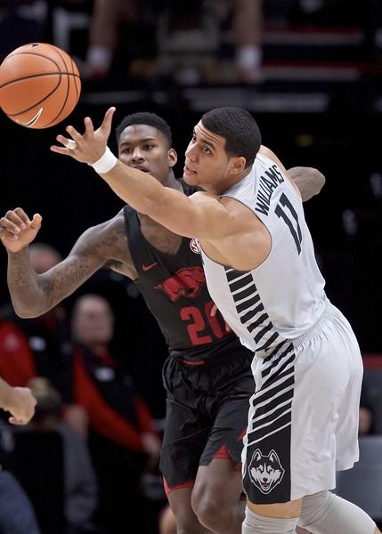 UConn men's basketball 11-26